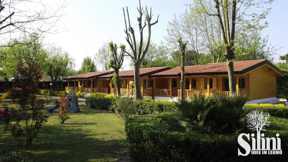 Silini produzione bungalow e case in legno per vacanza adatte a localit di villeggiatura - Case prefabbricate per terrazzo ...