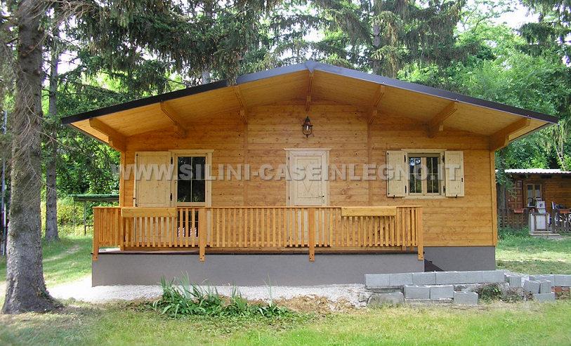 Case su ruote in legno pannelli termoisolanti for Casa mobile in legno