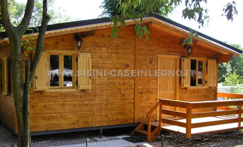 Silini case mobili in legno prefabbricate per campeggi e for Casa di mobili