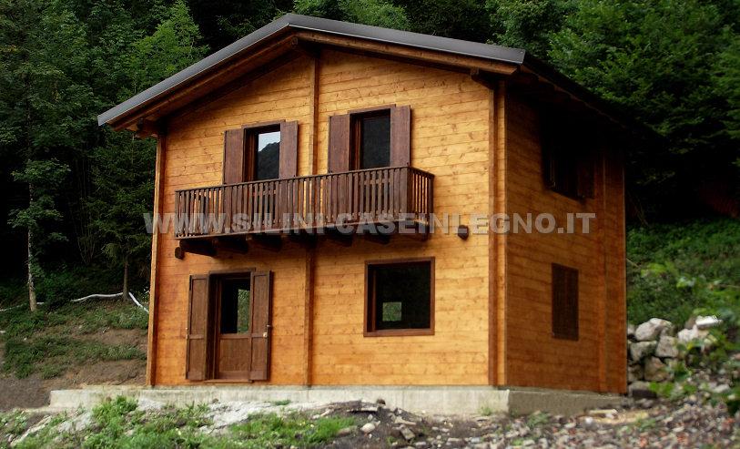 Silini case in legno abitative residenziali e chalet for Kit di casa a 2 piani